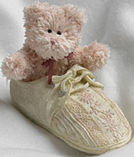 Click here to go to our selection of Boyds Mini Plush Bears in Shoes and Bearfoot Friends Collection