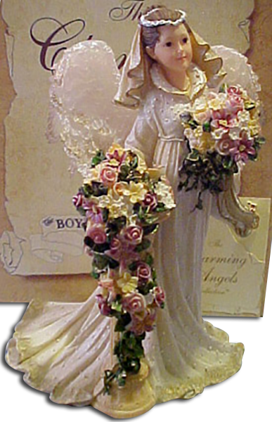 Click here to go to our selection of Boyds Wedding Day Collectible Figurines