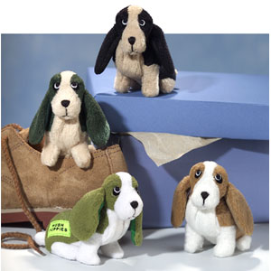 Hushpuppies are adorable Basset Hounds! Choose from Birthstone puppies to refrigerator magnets in traditonal brown and white bassets to colorful basset hounds.